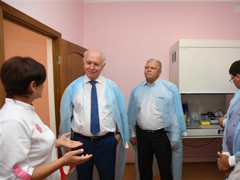 Николай Меркушкин провел рабочий день в Приволжском и Хворостянском районах