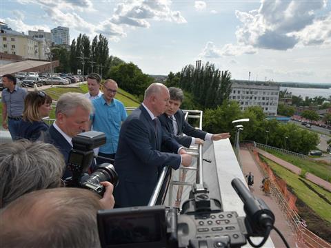 Николай Меркушкин провел выездное совещание, на котором обсудили варианты благоустройства территорий