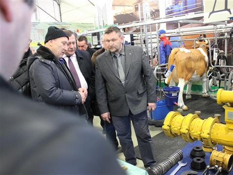 Василий Синяков разработал корм, который усваивается на 95 процентов