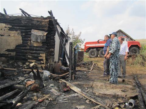 Погибшие при пожаре в Похвистневском районе дети переехали в дом, где случилась трагедия, две недели назад