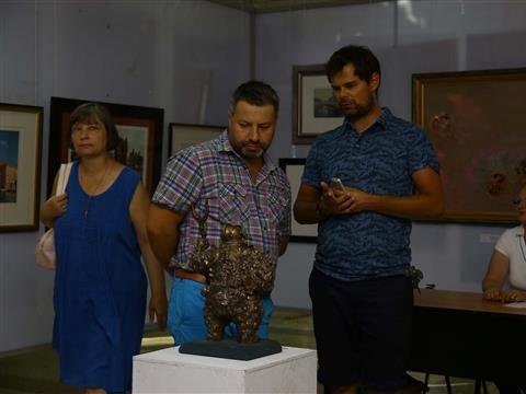 В Самаре открылась выставка питерских художников Sine cera
