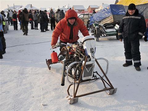 Фестиваль Snow Dogs в селе Нижнее Санчелеево