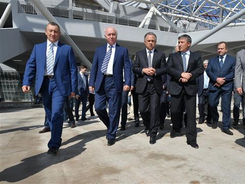 """Виталий Мутко посетил строительную площадку стадиона """"Самара Арена"""""""
