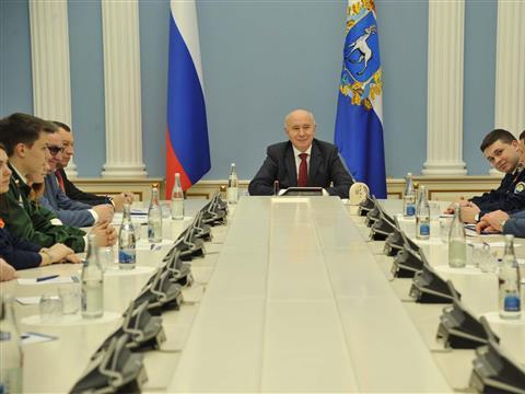 Николай Меркушкин встретился с представителями движения студенческих отрядов Самарской области