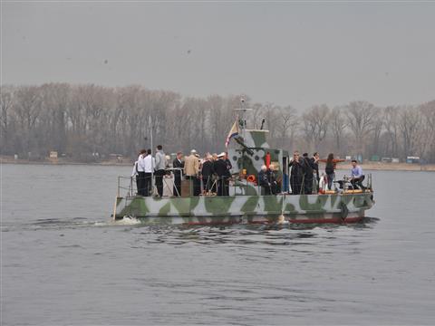 "В Самару прибыл бронекатер-музей ""БКА-73"""
