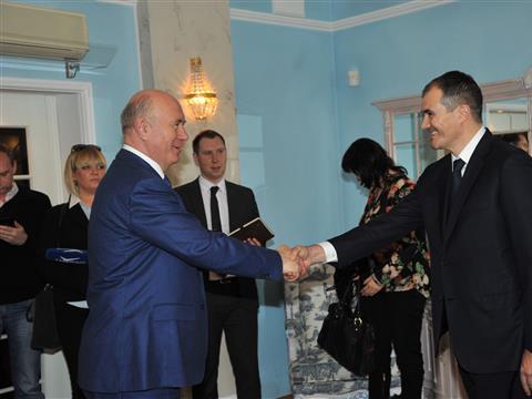 Николай Меркушкин провел рабочую встречу с представителями Schneider Electric