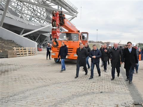 "Дмитрий Азаров посетил стадион ""Самара Арена"""