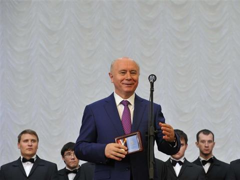 """Губернатор открыл детский православный центр """"Кириллица"""""""