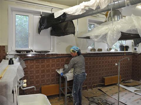 Сызранские нефтяники помогли городским учреждениям здравоохранения и образования