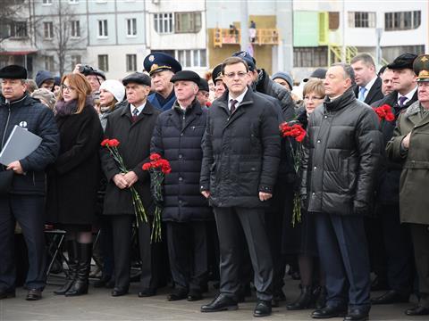 """Открытие памятника самолету """"Ил-2"""""""