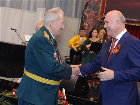 Николай Меркушкин дал торжественный прием , посвященный 69-летию победы в Великой Отечественной войне