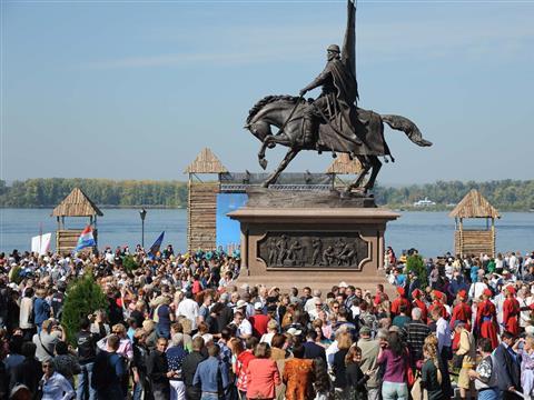 В Самаре торжественно открыт памятник воеводе Засекину