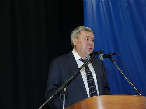 """В Самаре продолжается работа VIII межрегионального экономического форума """"Кластерная политика - основа инновационного развития региона"""""""