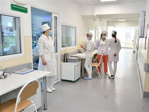 Дмитрий Азаров оценил готовность больницы им. Пирогова к ЧМ-2018
