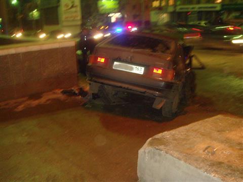 Пьяный лихач протаранил три авто и насмерть сбил пешехода