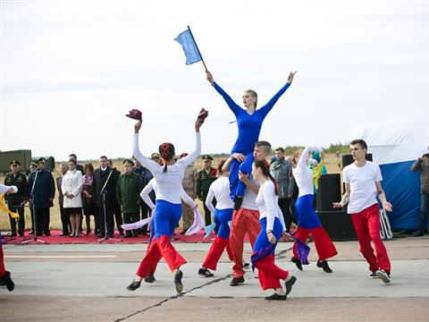 """В Оренбурге дан старт """"Зарнице Поволжья-2017"""""""
