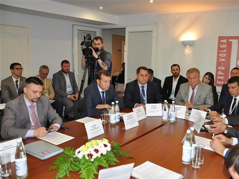 Правительство региона готово продвигать прорывные проекты медиков