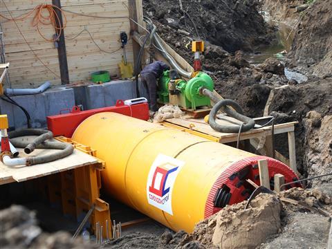 Под Московским шоссе проложат три 130-метровых водопропускных трубы