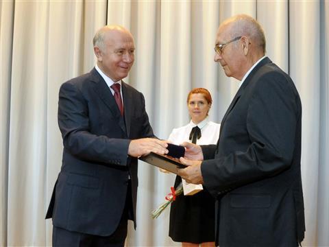 Николай Меркушкин принял участие в одном из торжественных мероприятий, проводимых в рамках празднования 48-летия АвтоВАЗа