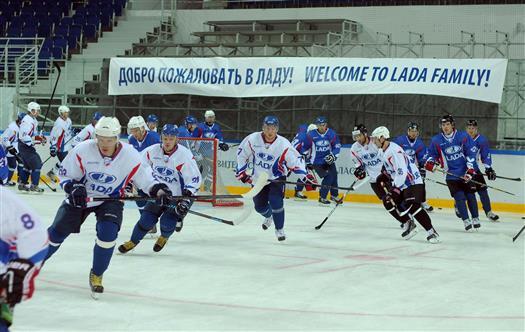 """ХК """"Лада"""" на выезде обыграл ХК """"Слован"""" по буллитам - 3:2"""