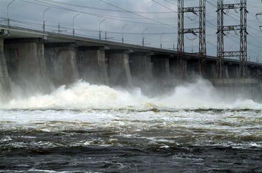 Жигулевская ГЭС открыла затворы плотины