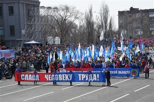 В Самарской области прошли праздничные шествия к Дню Весны и Труда