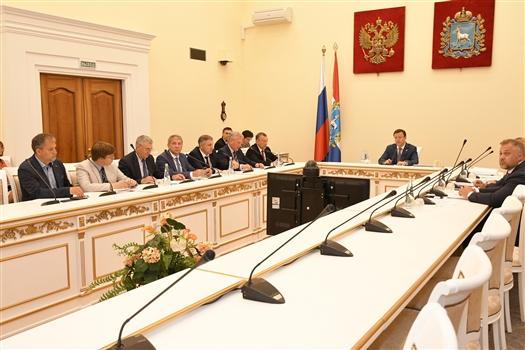 Дмитрий Азаров провел совещание по вопросам благоустройства Самары к ЧМ-2018