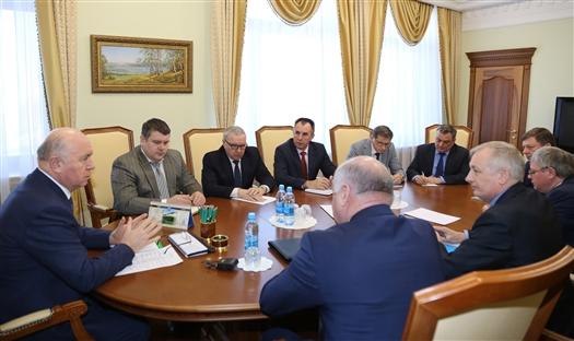 Губернатор рассмотрел с членами рабочей группы дальнейшие шаги по объединению вузов