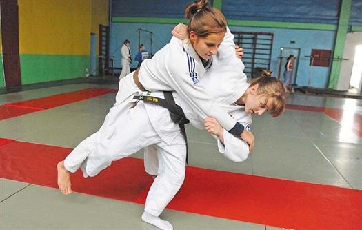 Самарские представительницы «слабого» пола взяли две награды
