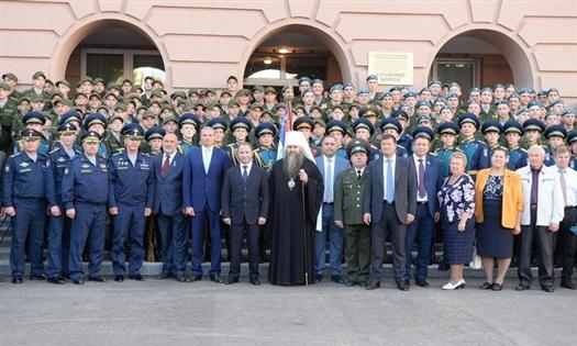 Герои Советского Союза и Российской Федерации вместе с Михаилом Бабичем поздравили кадетов с Днем знаний
