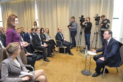 Дмитрий Азаров встретился с будущими лидерами России