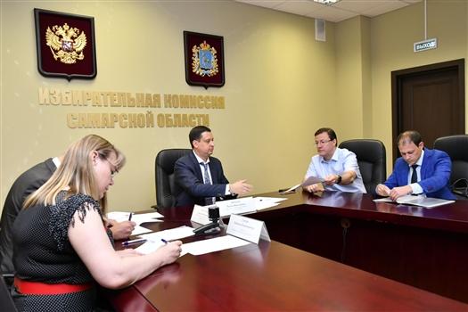 Дмитрий Азаров подал документы на участие в выборах губернатора Самарской области