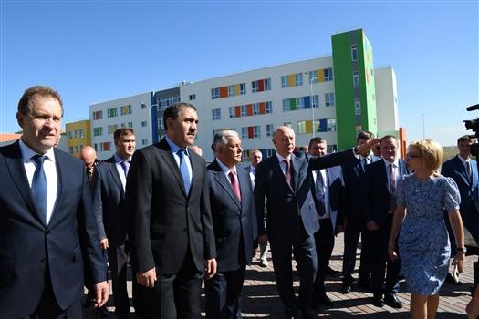 Николай Меркушкин ознакомил главу Ингушетии с образовательной инфраструктурой Крутых ключей