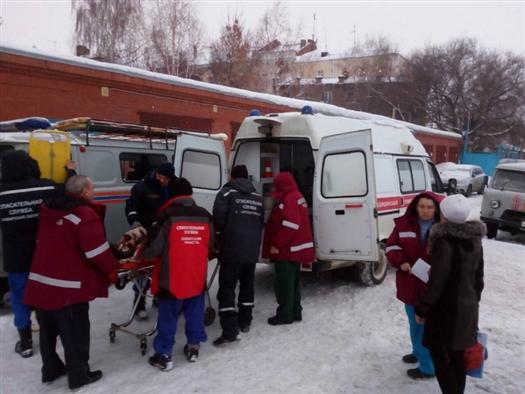 Спасатели эвакуировали из Рождествено женщину с черепно-мозговой травмой