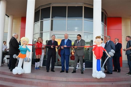 Губернатор открыл новый спортивный комплекс в Большой Глушице
