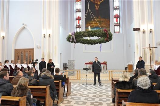 Самарский костел торжественно открыли после реставрации