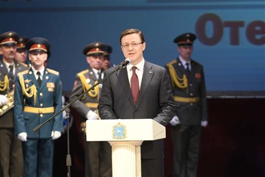 Тольяттинским военнослужащим вручили медали Жукова и Суворова