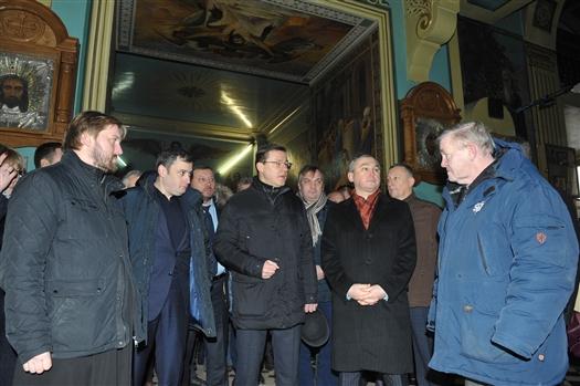 Дмитрий Азаров поставил задачу - завершить реставрацию Покровского собора к ЧМ-2018