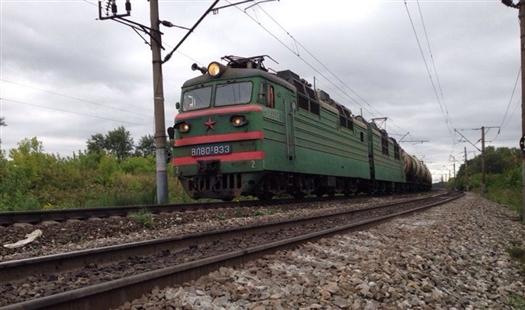 Под Самарой поезд насмерть сбил двух подростков