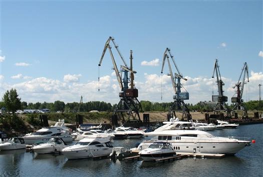 Депутаты губдумы рекомендовали повысить транспортный налог на мотоциклы, гидроциклы, мотолодки и яхты