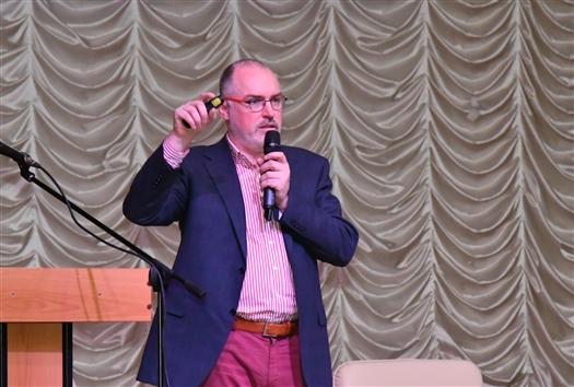 Промышленный дизайнер Владимир Пирожков рассказал самарским студентам о технологиях будущего