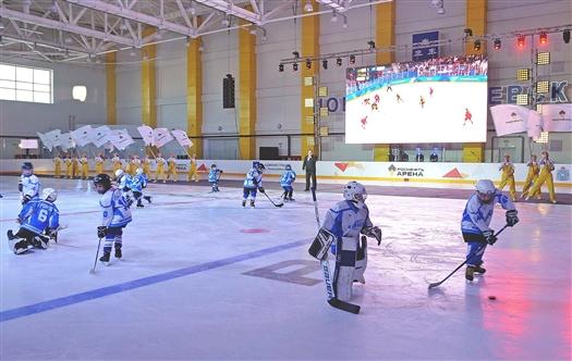 В Новокуйбышевске ввели в строй первый в городе спорткомплекс с ледовой ареной