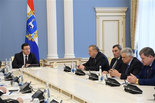 Дмитрий Азаров провел рабочую встречу с депутатами Госдумы