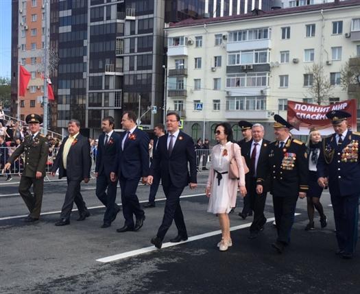 """Дмитрий Азаров: """"В истории человечества не было подвига выше, чем подвиг советского солдата"""""""