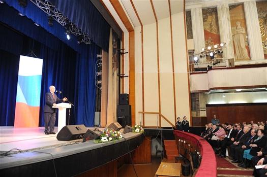 Главным подарком губернатора к юбилею Кировского района станет реконструкция ДК им. Литвинова