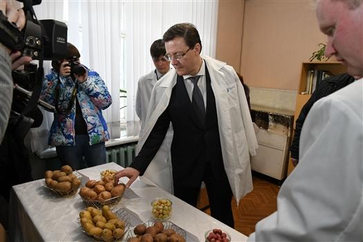 Дмитрий Азаров посетил научно-исследовательский институт им. Н.М.Тулайкова