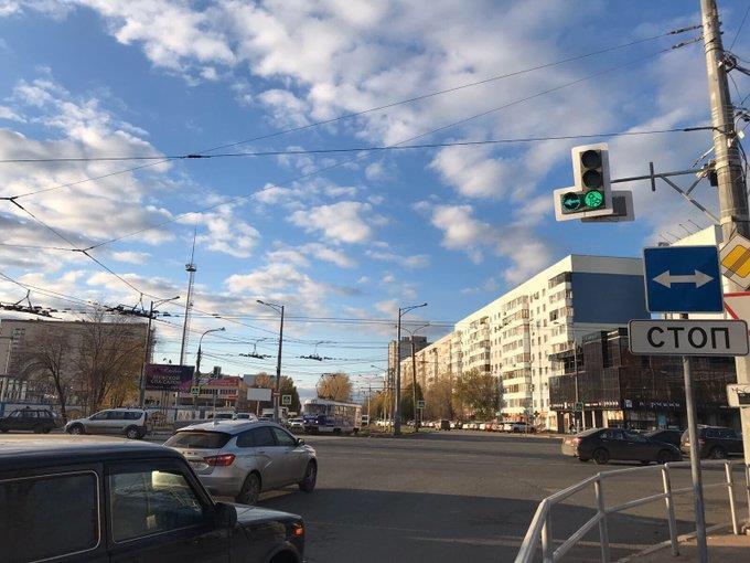На светофорах Московского шоссе - ул. Ново-Вокзальной установлены дополнительные секции