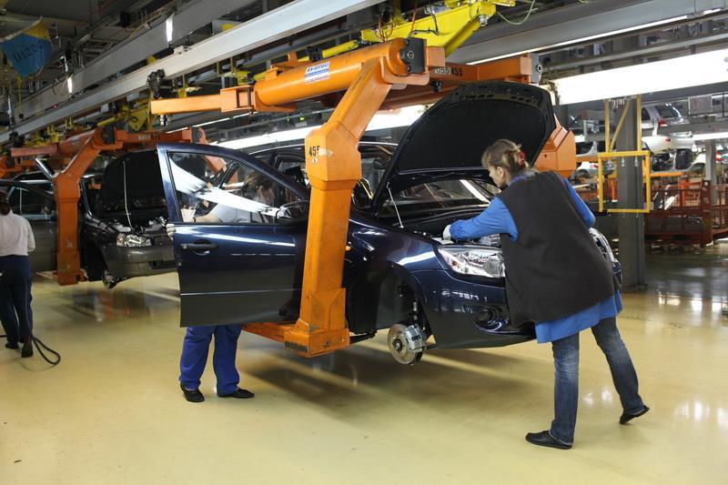 «АвтоВАЗ» отзывает 11 тыс. автомобилей из-за проблем с поворотниками