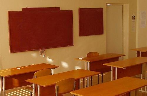ВСызрани вовремя урока старшеклассники избили учительницу допотери сознания