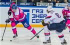 """Хоккейная """"Лада"""" одержала четвертую победу подряд"""